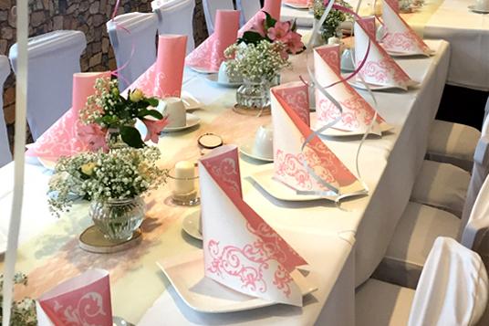 Hochzeit-mit-der-FeierFee-Tischdeko