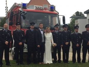 Feuer und Flamme September Hochzeit Feuerwehr